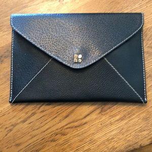 Kate Spade envelope clutch ♠️